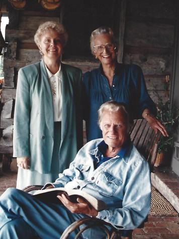 """Stephanie Wills (left) with Billy and Ruth Graham at their home in Montreat, North Carolina. Wills said it was an honor to work with their family. She especially enjoyed spending time with Mrs. Graham: """"She was such a hoot."""""""